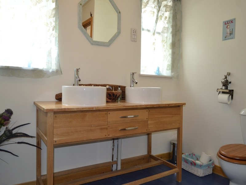 double sink in en suite